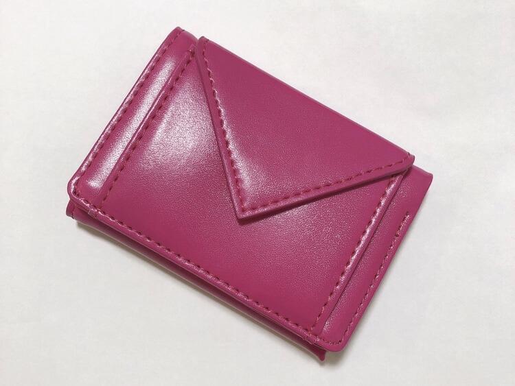 ミニマリストのクレジットカード。メインは1枚で支払いをシンプルに