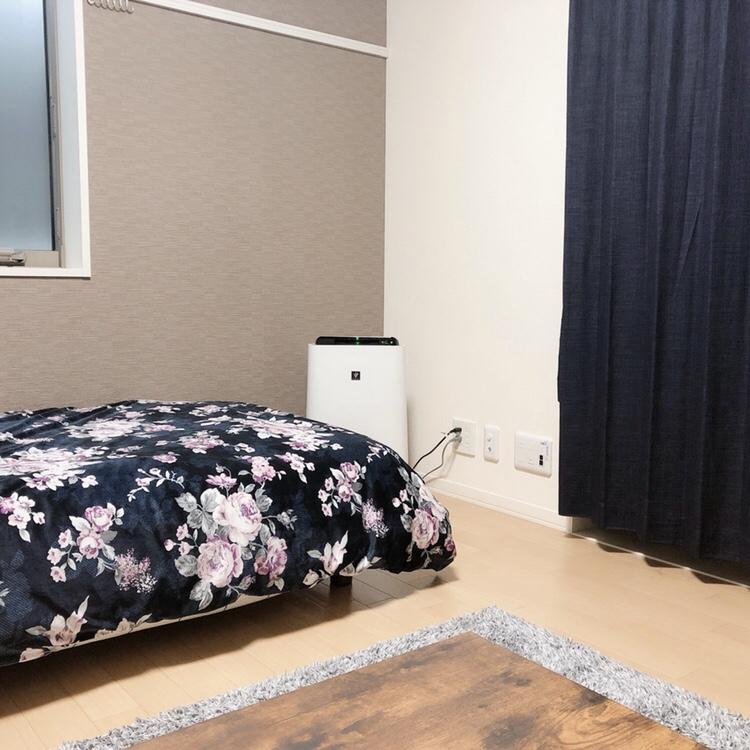 ミニマリストのインテリア。一人暮らしは家具を厳選してすっきり暮らす